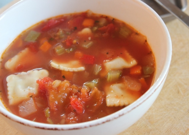 Minestrone in Minutes. Easy soup recipe for college and university students.