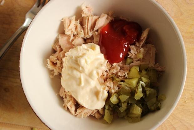 Ingredients for Half the Mayo Tuna Fish Sandwich
