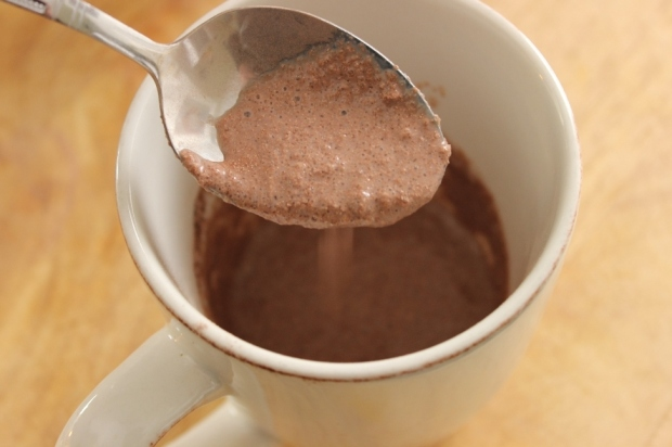 Creamy Caramel Hot Chocolate