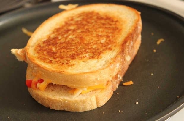 Golden Brown Roasted Red Pepper Grilled Cheese recipe from College Recipe Cafe