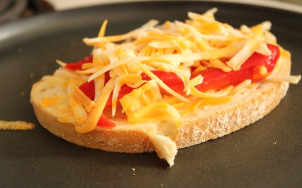 Roasted Red Pepper Grilled Cheese: A sandwich with healthy benefits