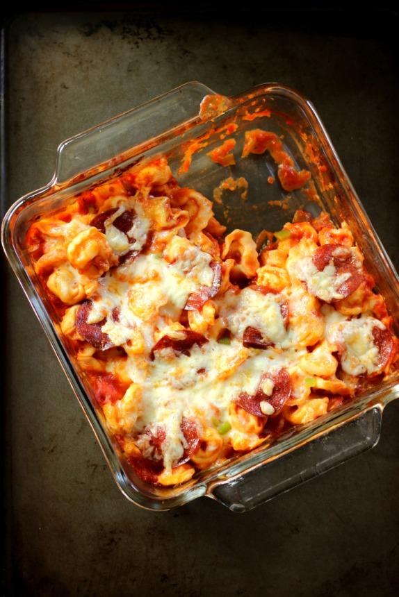 Layered Tortellini Pizza Bake: Less Mess Recipe