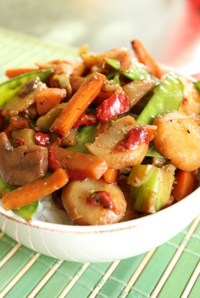 Chop-Free Vegetable Stir-Fry: Good mood dinner for final exams! Click to see how to make.