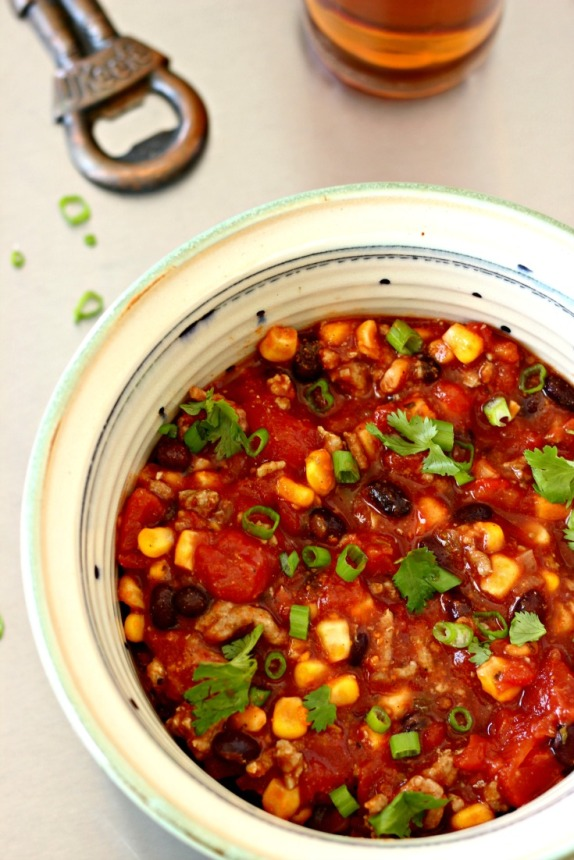 Mexican Chili: Easy Breezy Eats to Make in the Slow Cooker!!!