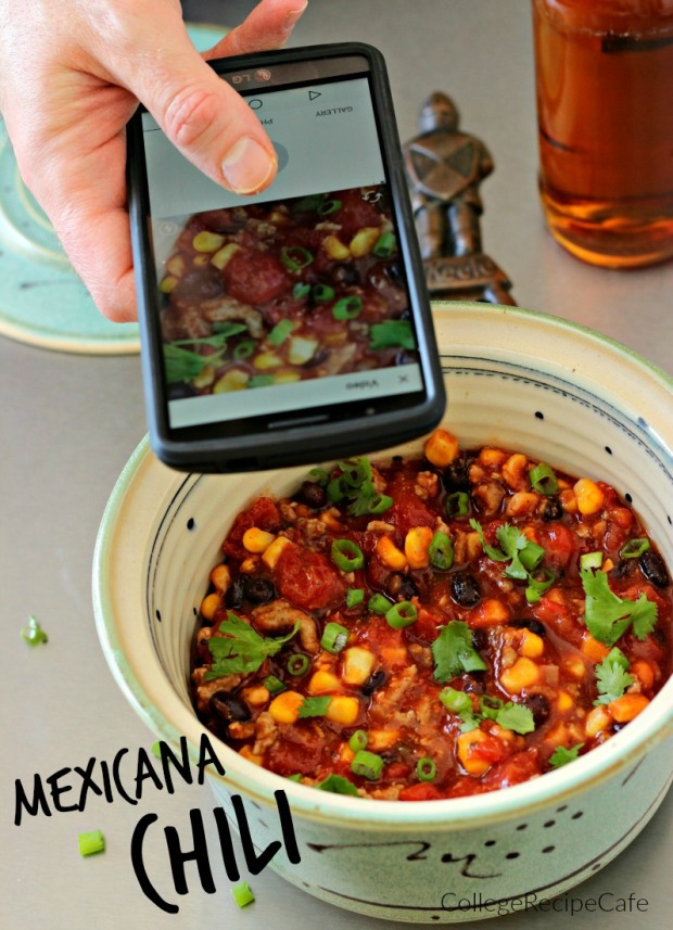 Mexicana Chili: Easy Breezy Eats to Make in the Slow Cooker!!!